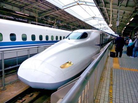 Китай разрабатывает поезда на магнитной подушке со скоростью 600 км/ч
